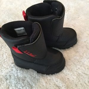 Little boy boots. LLBean black size toddler 6